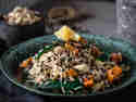 Reissalat mit Linsen & Knoblauchchips © Daniela | Glücksgenuss