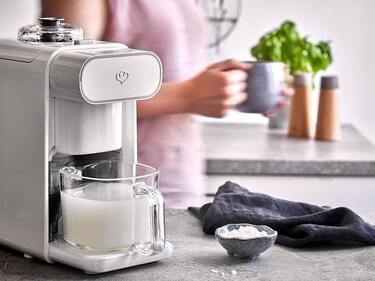 Reismilch selber machen mit dem Mandelmilchbereiter
