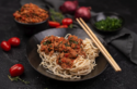 Asia Bolognese mit Mie Eiernudeln © Catrin Neumayer | Cooking Catrin