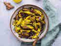Kartoffel-Kurkuma-Bowl © Joana Sonnhoff | Foodreich
