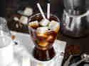 Espresso mit Frozen Mandelmilch