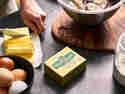 Backen mit Eiern, Mehl und weicher Butter von Kerrygold
