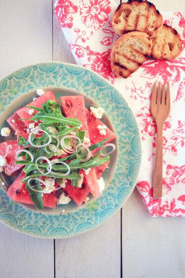 Sommersalate_Wassermelonen-Feta_Salat_Flowersonmylplate
