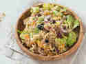Quinoa-Salat mit Honig-Ingwer-Dressing