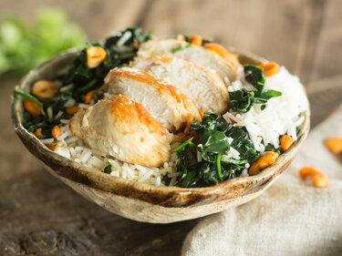Indisches Hähnchen auf Kokos-Reis