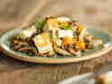 Warmer Linsen-Fenchel-Salat mit Halloumi