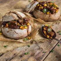 Chili con Carne im Brotleib_featured