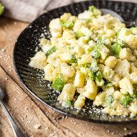 Gerösteter Blumenkohl mit Parmesan und Avocado_featured