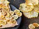 Apfel- und Bananenchips
