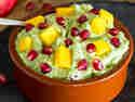 Fruchtige Mango-Granatapfel Guacamole