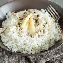 Oma`s Hühnerfrikassee mit Champignons und Spargel_featured