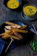 Kartoffelecken mit Kurkumadip © Foodlovin