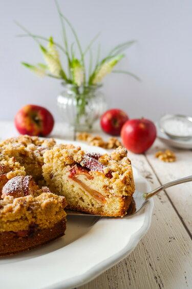 Apfel-Walnuss-Crumble-Kuchen © Sia's Soulfood