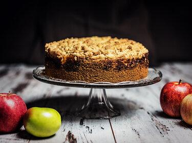 Apfelmuskuchen mit Streuseln © CookingCatrin