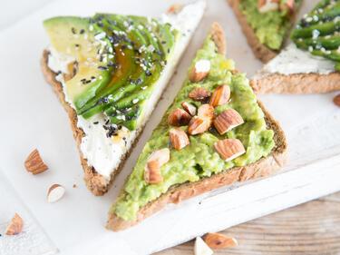 17 avocado sandwiches mach deine stulle zum fitness snack. Black Bedroom Furniture Sets. Home Design Ideas