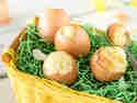In der Eierschale gebacken! Oster-Überraschungskuchen