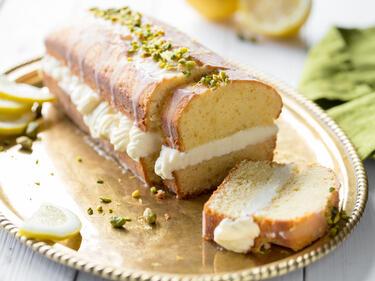 Klassiker Aufgemotzt Gefullter Zitronenkuchen Mit Lemon Curd