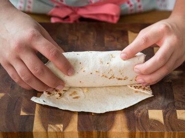 burritos selber machen so geht das mit dem f llen. Black Bedroom Furniture Sets. Home Design Ideas