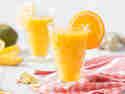 Detox-Smoothie mit Mango, Orange und Ingwer