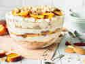 Fruchtig-frisches Pfirsich-Cheesecake-Trifle ohne Backen