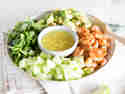 Garnelen-Avocado-Salat mit Miso-Dressing