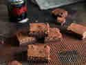 Aus 1 mach 3: Schokoladen-Zauberkuchen mit Guinness