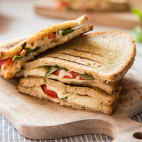 Gegrillte Margherita Sandwiches_featured