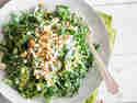 Knackiger Mangoldsalat mit Zitronendressing