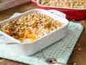 Frühstücksauflauf mit Süßkartoffel und knusprigen Oats