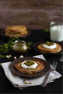 Vollkorn-Pancakes mit Baklava-Topping © Hase im Glück