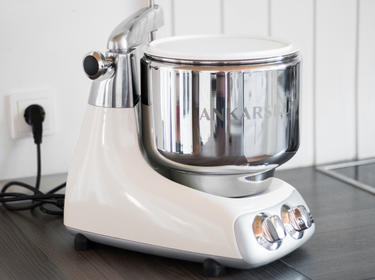Im Test Die Ankarsrum Kuchenmaschine Aus Schweden