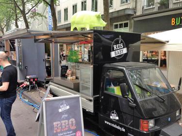 streetfood deluxe 10 spannende foodtrucks aus d sseldorf. Black Bedroom Furniture Sets. Home Design Ideas