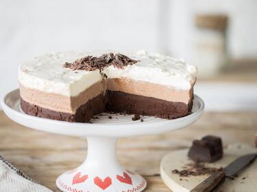 Alle 3 Zusammen Mousse Au Chocolat Torte Mit 3 Schichten