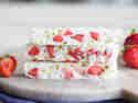 Frozen-Joghurt-Riegel mit Erdbeeren