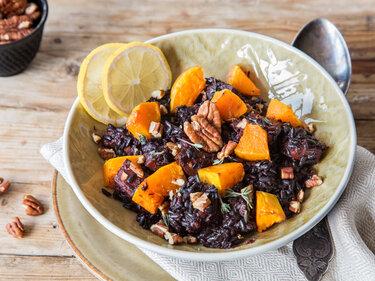 Verboten gut: Schwarzer Reis mit Kürbis und Nüssen