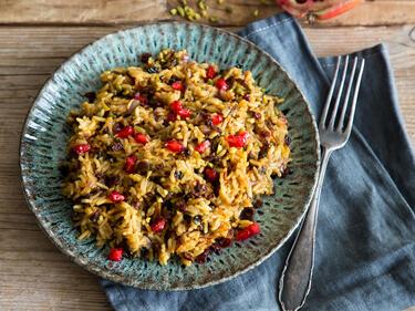 Persischer Reis mit Berberitzen und Safran