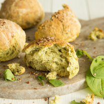 Oat and Spinach Bread_featured