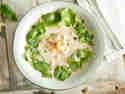 Thailändische Erdnuss-Panang-Suppe