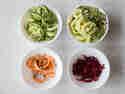 Längliche Gemüsesorten verarbeitet der Kult X sehr gut. Roter Bete und Süßkartoffel werden Schnipsel.