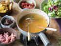 Weißweinfondue mit Kalbsfilet