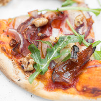 Pizza Speckige Helene_featured