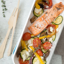 Low-Carb-Lachs mit Ofengemüse_featured