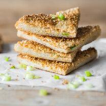 Hähnchen Toast mit Sesam und Frühlingszwiebeln_featured