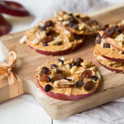 Apfel-Erdnussbutter-Snack_featured