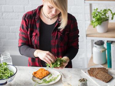 Sauberes Frühstück: Sandwich mit Süßkartoffelaufstrich