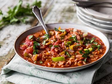 Tomatensuppe mit Reis und Speck