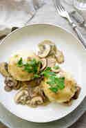 Kartoffelknödel mit Pilzen © Elle Republic