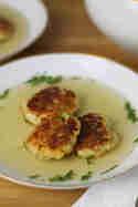 Kaspressknödelsuppe © Münchner Küche