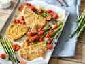 Putenschnitzel mit Spargel und Tomaten