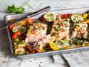 Alles von einem Blech – Chili-Limetten-Lachs mit Paprika